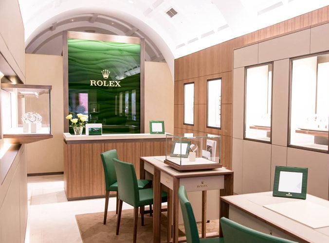 La Marca Líder De La Industria Relojera Suiza Rolex Inaugura Su Primer Espacio En Sevilla